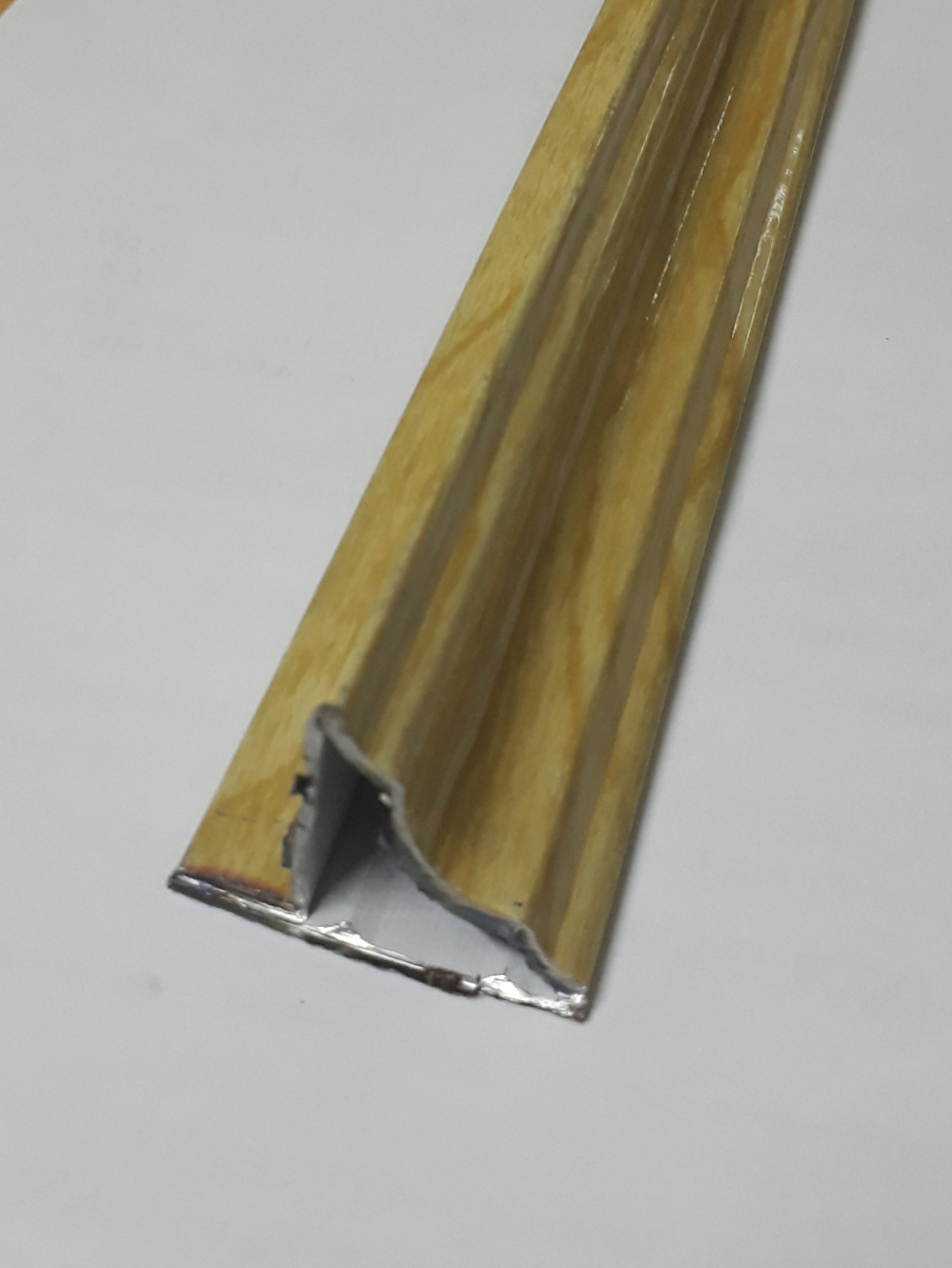 Phào trần màu vân gỗ